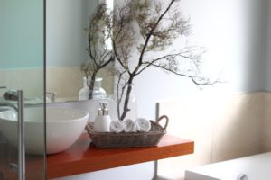 home staging bathrooms